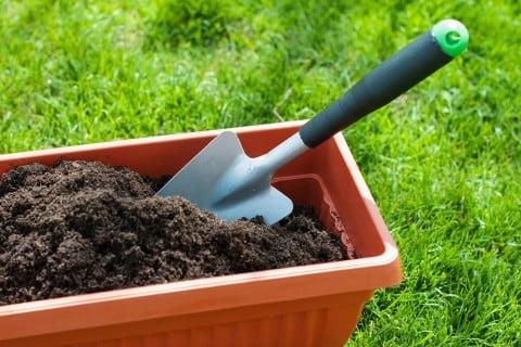 堆肥 作り方 土