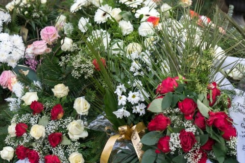 葬儀 花 葬式 お墓6