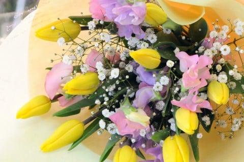 要出典 チューリップ 花束 母の日