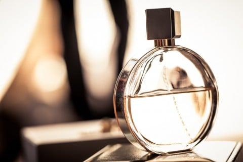 香水 瓶 香り