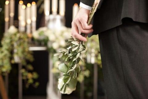 葬儀 葬式 献花