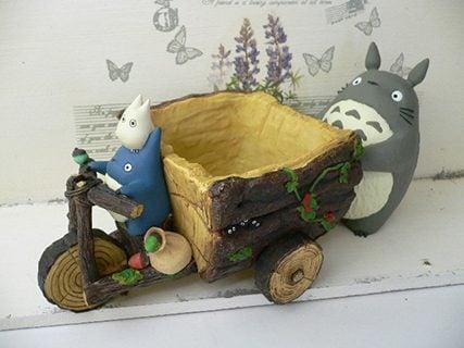 要出典 ジブリプランターカバー「となりのトトロ トトロと森の三輪車」