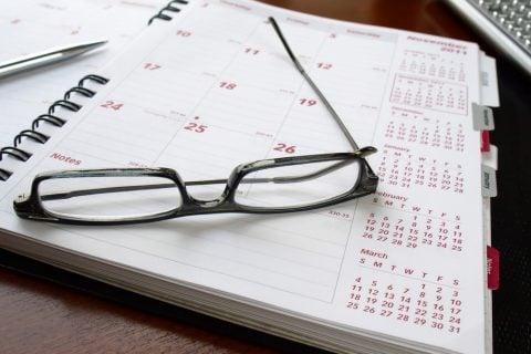 メガネ カレンダー