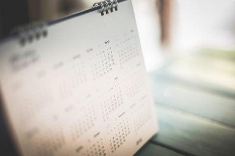 カレンダー 時期